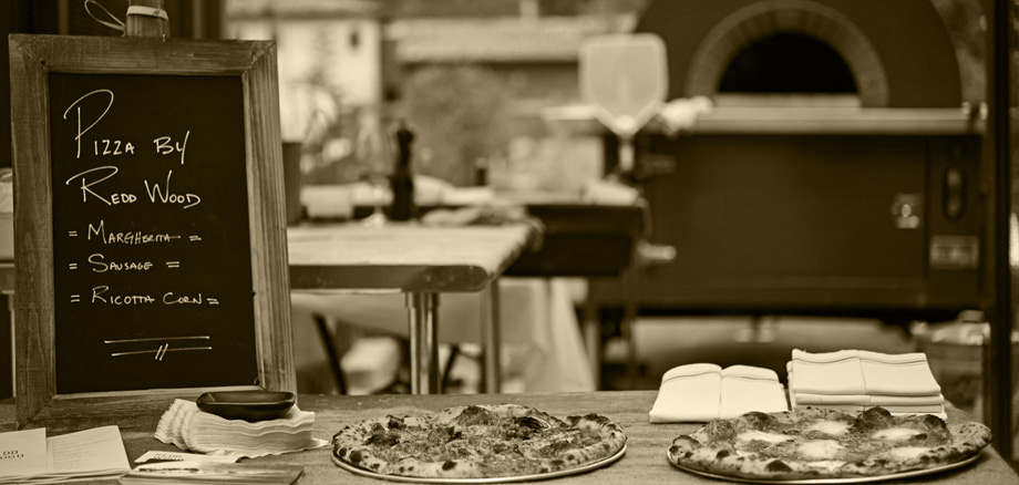Mobile Pizza Oven Catering - Redd Wood Pizza Restaurant in Yountville - Napa Valley